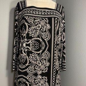 Black & White Tunic Top